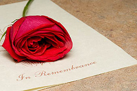 In rememberence of loved one card and rose
